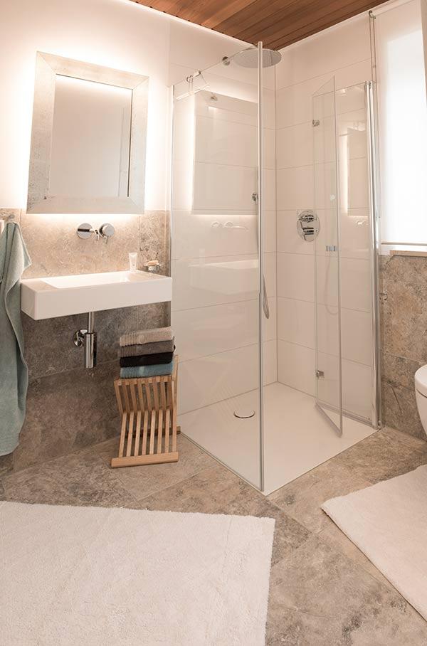 fliesen im badezimmer fliesen gruber. Black Bedroom Furniture Sets. Home Design Ideas